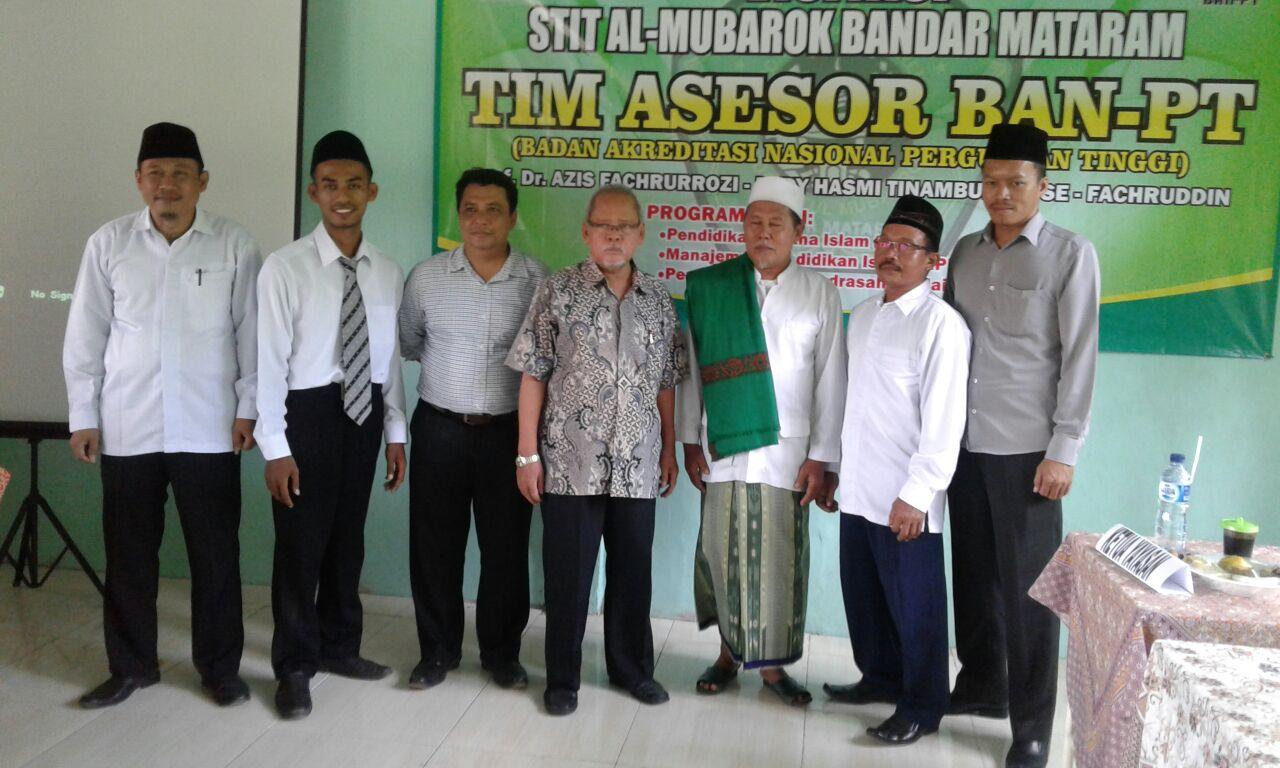 Ketua Yayasan Beserta Ketua STIT Al Mubarok dan Jajaran Ketua Jurusan